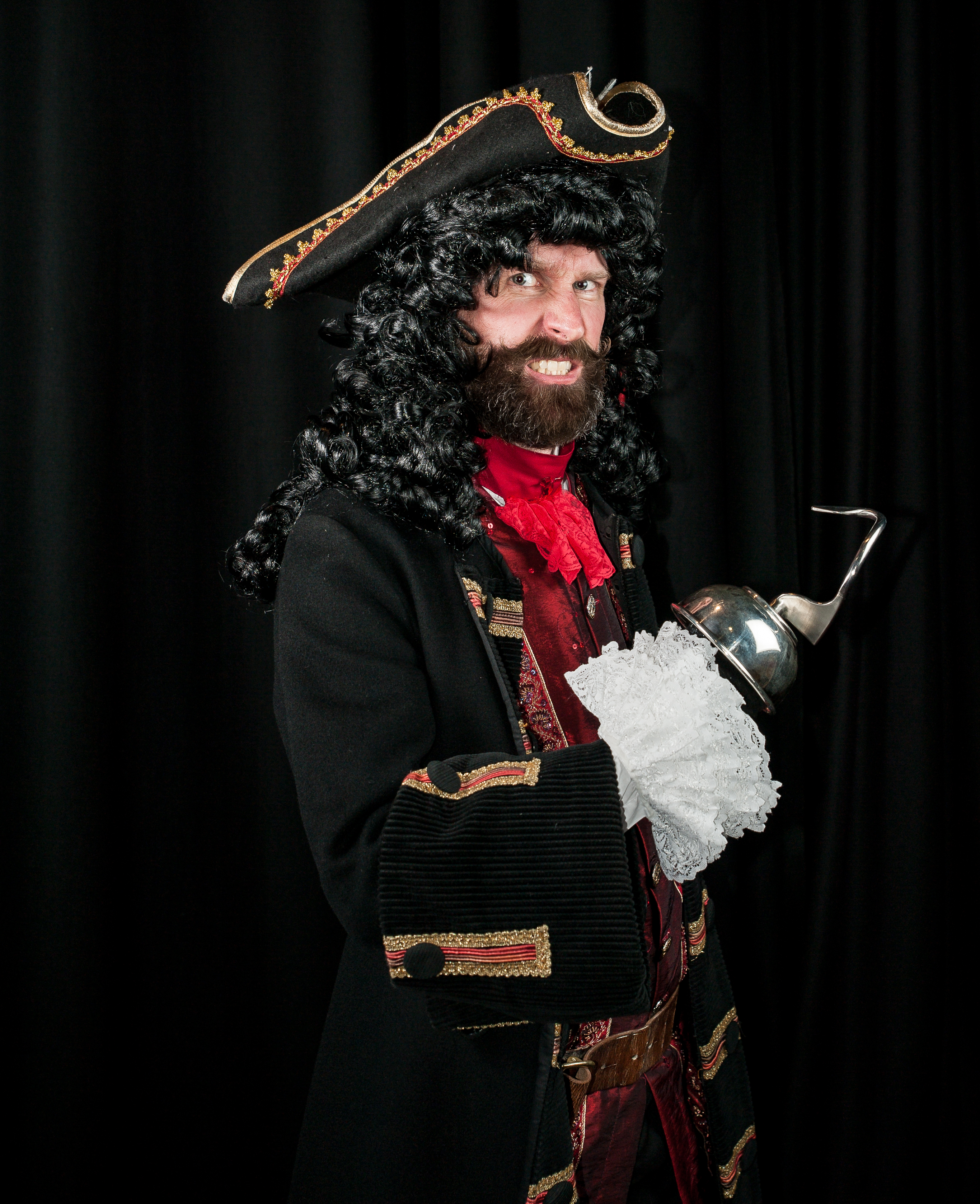 Captain Hook (Ben Strutt)